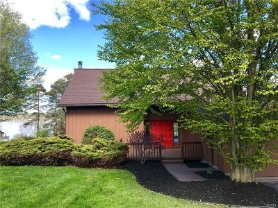 Single Family Home A-Active: 2502 Lakewatch Lane