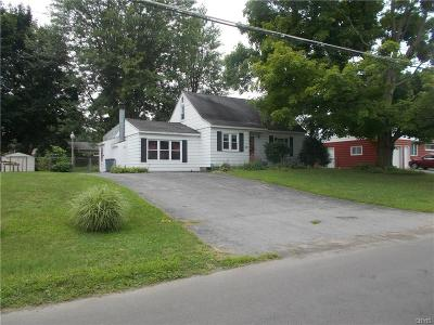 Single Family Home A-Active: 114 Lynnhaven Drive