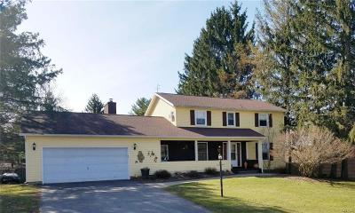 Single Family Home A-Active: 35 Buccaneer Bend