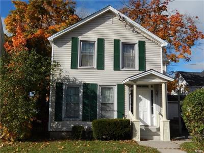 Watertown-city Single Family Home For Sale: 710 Washington Street