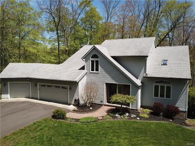 Oswego-City NY Single Family Home For Sale: $274,900