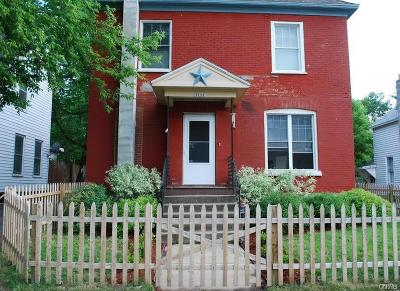 Watertown-city Single Family Home For Sale: 1114 Bronson Street