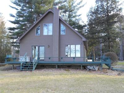 Jefferson County, Lewis County Single Family Home A-Active: 20678 Muskellunge Bay Lane