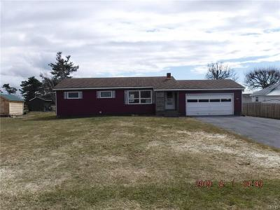 Jefferson County, Lewis County Single Family Home A-Active: 22338 Wayside Drive