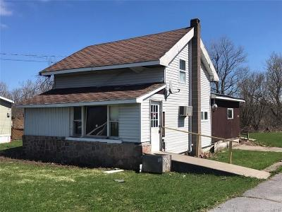 Le Ray Single Family Home For Sale: 25748 State Route 283