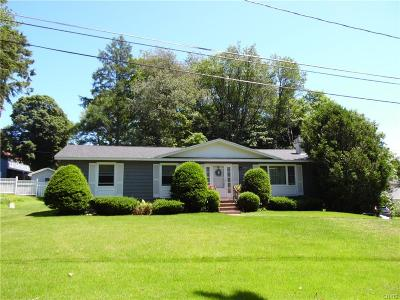 Croghan NY Single Family Home For Sale: $134,500