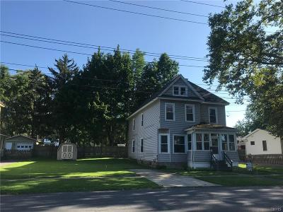 Cayuga County Single Family Home For Sale: 102 Hamilton Avenue