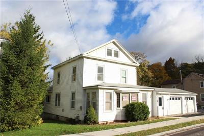 Single Family Home Active Under Contract: 28 Clinton Street