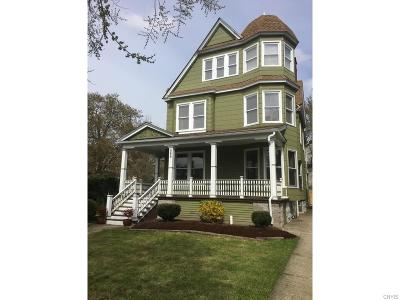 Buffalo Single Family Home For Sale: 589 Richmond Avenue