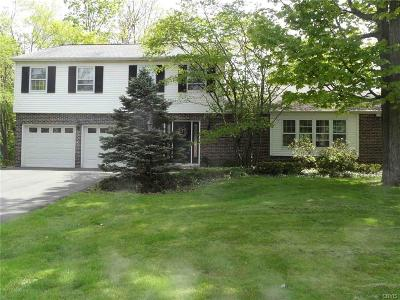 New Hartford Single Family Home A-Active: 7 Wildwood Road