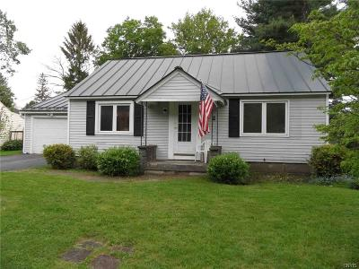 New Hartford Single Family Home For Sale: 3 Morris Circle