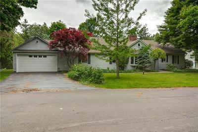 Manlius NY Single Family Home For Sale: $319,900