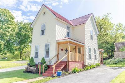 Jefferson County Single Family Home Active Under Contract: 818 Alexandria Street