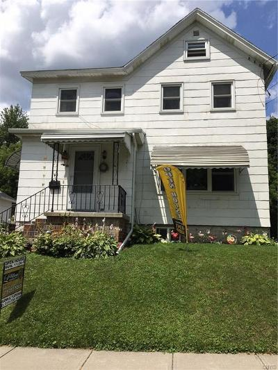 Cayuga County Single Family Home For Sale: 43 Barber Street