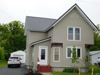 Watertown-city Single Family Home For Sale: 819 Water Street
