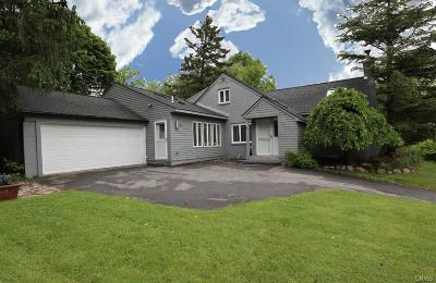 Syracuse Single Family Home For Sale: 216 Scottholm Terrace
