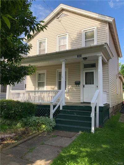 Single Family Home For Sale: 260 W 3rd Street