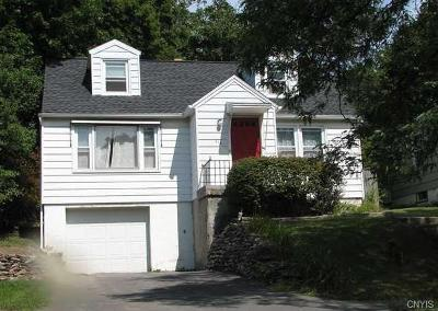 Syracuse Single Family Home For Sale: 613 Demong Drive