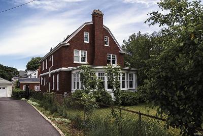 Syracuse Single Family Home A-Active: 1683 James Street
