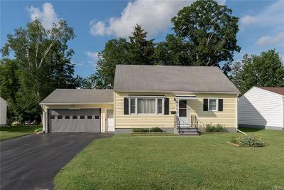Whitestown Single Family Home For Sale: 9 Cedar Lane