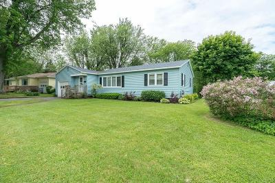 Watertown-City Single Family Home For Sale: 1310 Sherman Street