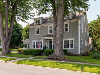 Watertown-City Single Family Home For Sale: 852 Myrtle Avenue