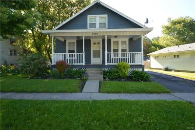 Watertown-City Single Family Home For Sale: 1035 Holcomb Street