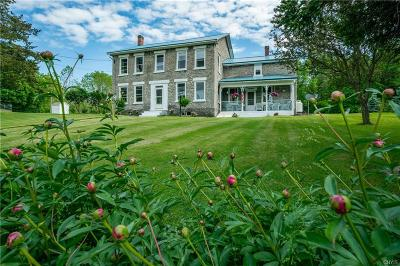 Jefferson County, Lewis County Single Family Home For Sale: 9378 Water Street