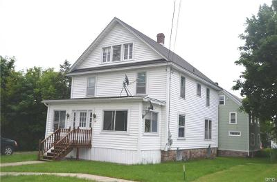 Single Family Home For Sale: 82 N Crossmon Street