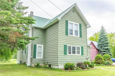 Jefferson County, Lewis County Single Family Home For Sale: 428 S Mechanic Street