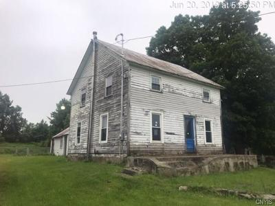 Jefferson County, Lewis County Single Family Home For Sale: 34368 State Route 126
