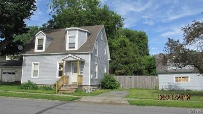 Single Family Home For Sale: 744 Lansing Street
