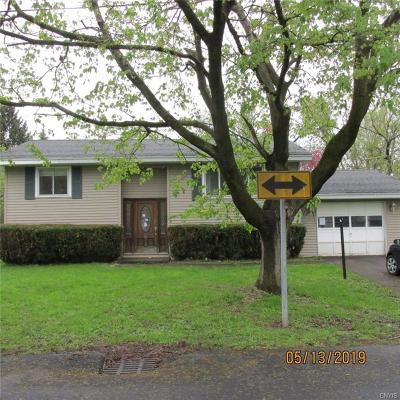 Whitestown Single Family Home For Sale: 45 Sauquoit Street