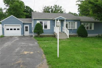 Le Ray Single Family Home For Sale: 24392 Us Route 11