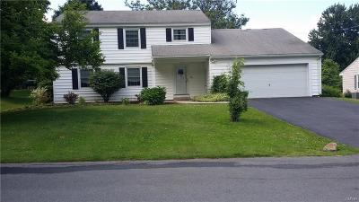 Whitestown Single Family Home For Sale: 76 Bedford Drive