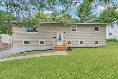 New Hartford Single Family Home For Sale: 22 Imperial Drive