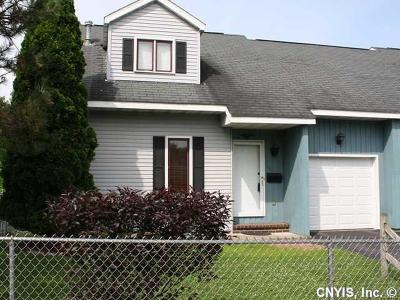 Syracuse Single Family Home For Sale: 111 Charlotte Street