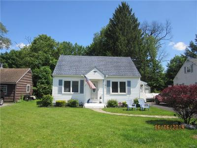 Marcy Single Family Home For Sale: 5496 Woodlawn Place