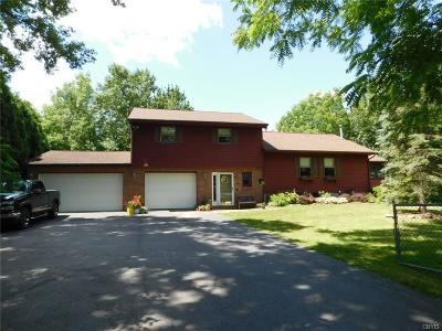 Sennett Single Family Home For Sale: 8077 Weedsport Sennett Road