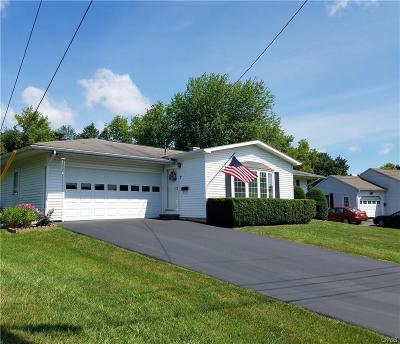 Whitestown Single Family Home Active Under Contract: 7 Sprucedale Avenue