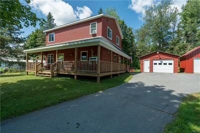 Champion Single Family Home For Sale: 104 Bridge Street