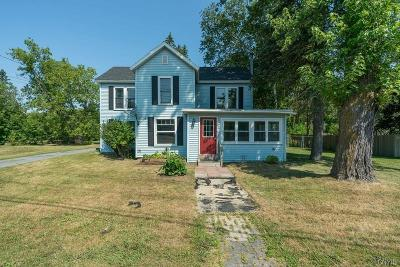 Rutland Single Family Home For Sale: 30871 Nys Route 3