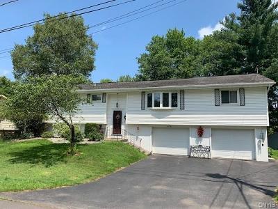 Whitesboro Single Family Home For Sale: 51 Sauquoit Street