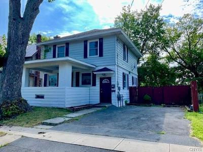 Watertown-city Single Family Home For Sale: 522 Frontenac Street