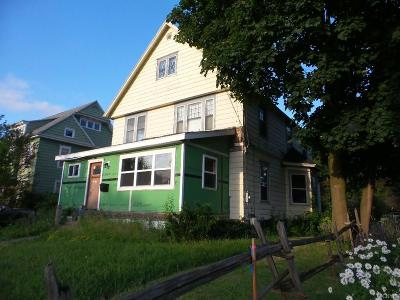 Watertown-City Single Family Home For Sale: 1113 Washington Street