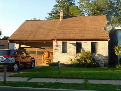 Oriskany Single Family Home For Sale: 1206 Utica Street