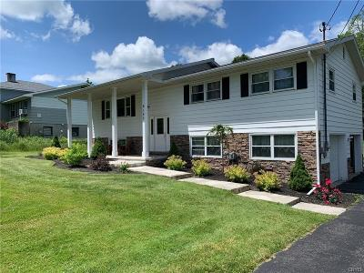 Oriskany Single Family Home Active Under Contract: 6185 Airport Road