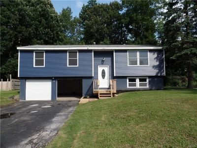 Single Family Home Active Under Contract: 301 Birchwood Boulevard