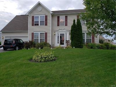 Clay NY Single Family Home For Sale: $264,900