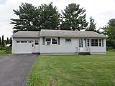 New York Mills Single Family Home For Sale: 11 Crestway Drive